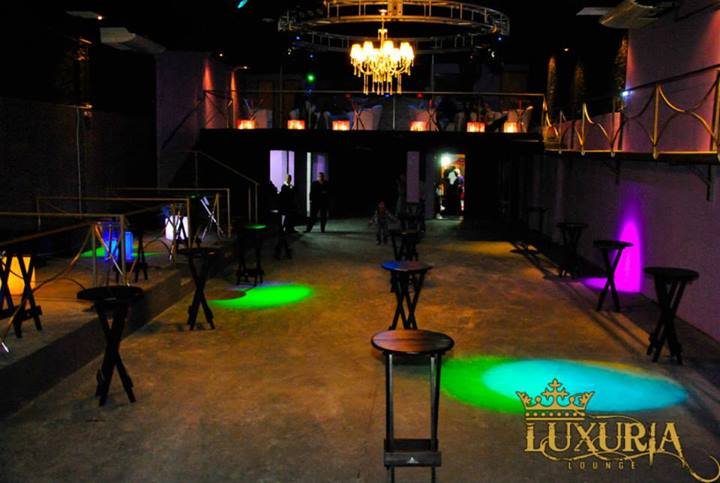 Boate Luxuria Lounge