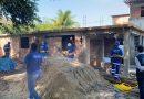 Prefeitura derruba construções irregulares em Vila Kosmos!